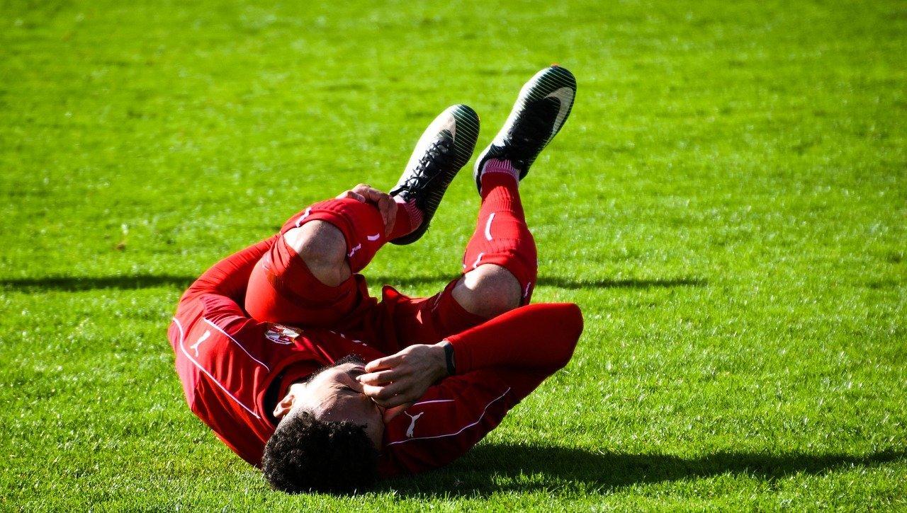 rawatan sakit lutut sebab bersukan